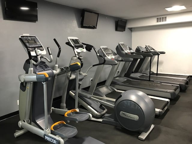 cardio fitness equipment in albuquerque gym